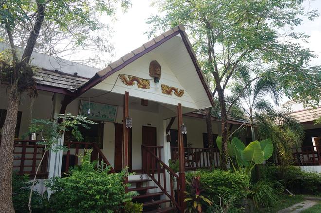 Buppha Resort - Khao Lak - Building