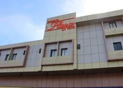 Tacloban Plaza Hotel - Tacloban City - Building