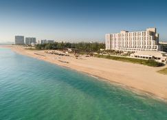 Fort Lauderdale Marriott Harbor Beach Resort & Spa - Fort Lauderdale - Gebouw