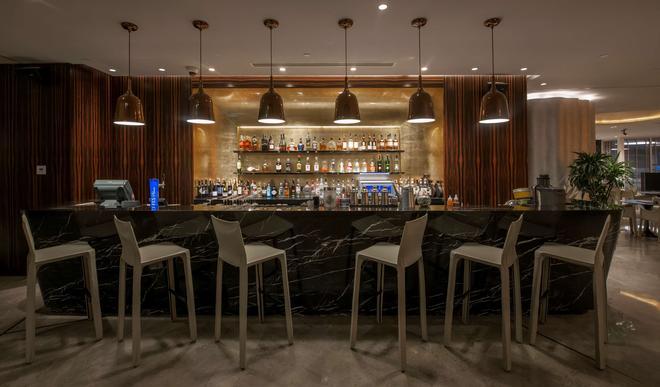 Radisson Blu Hotel Istanbul Ottomare - Κωνσταντινούπολη - Bar