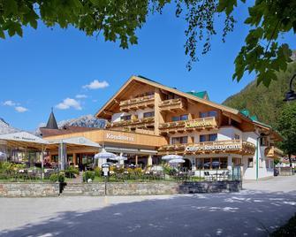 Hotel Christina am Achensee - Eben am Achensee - Building