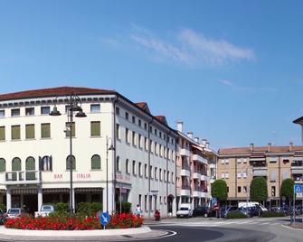 Albergo Italia - Noventa di Piave - Building