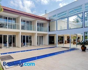 Beach Hotel Sunset - Camburi - Edificio