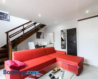 Penzion Apartments Benesova 6 - Kuttenberg - Wohnzimmer