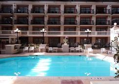 北方會議中心羅德威酒店 - 印第安那波里 - 印第安納波利斯 - 游泳池