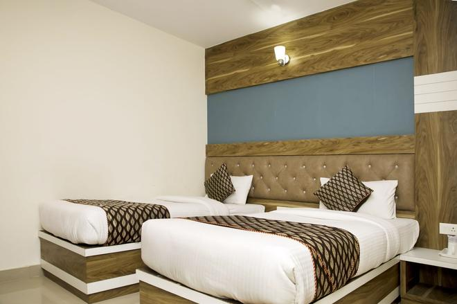 Hotel Ganges Grand - Benarés - Habitación