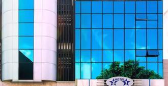 Hotel 21 - São Paulo - Edifício