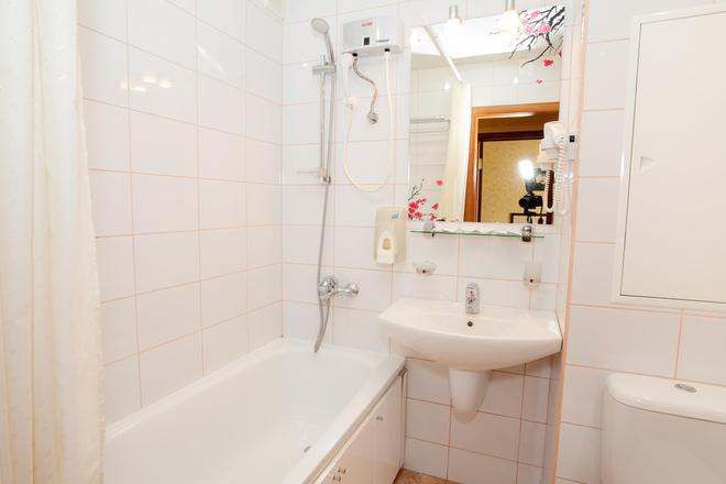 Vladykino Apart-Hotel - Moscow - Bathroom