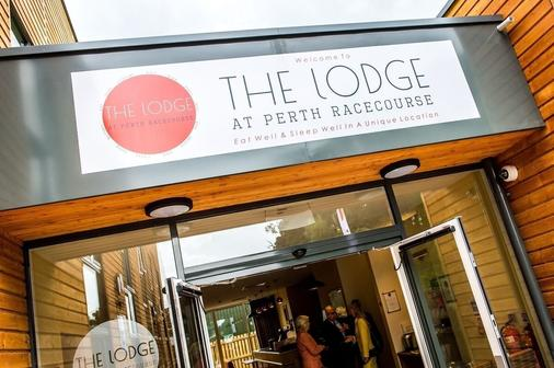 The Lodge At Perth Racecourse - Perth - Edificio