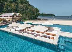 Dash Resort Langkawi - Langkawi - Piscina