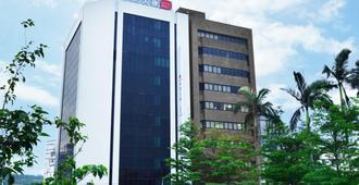 Hotelday Plus Hualien - הואליין סיטי - בניין