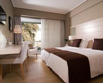 Sea View Hotel - Glyfada - Bedroom