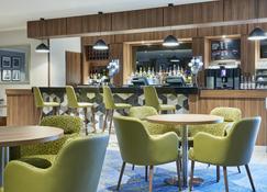 Jurys Inn Cheltenham - Cheltenham - Bar