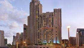 Ramada Hotel & Suites By Wyndham Dubai Jbr - Dubai - Bygning