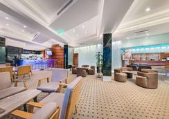 Hotel Dubrovnik - Zagreb - Lobby