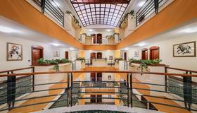 Hotel Dubrovnik - Zagrep - Lobi