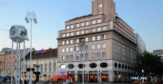 Hotel Dubrovnik - Zagreb - Gebäude