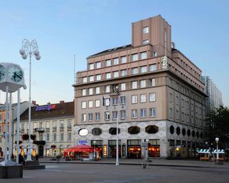 Hotel Dubrovnik - Zagreb - Building