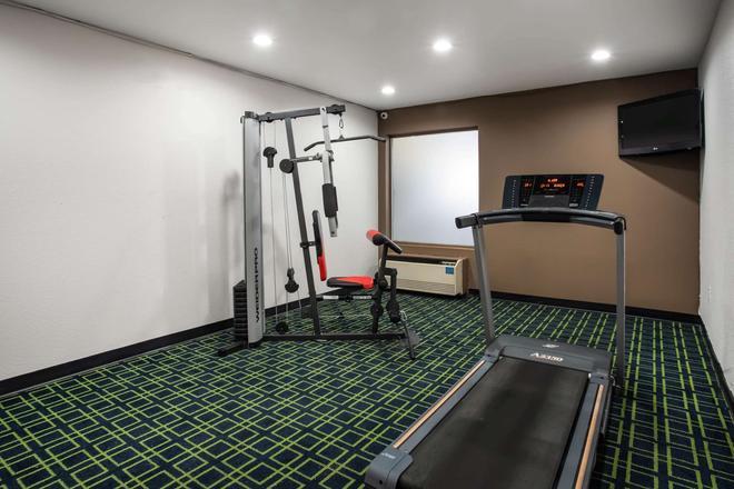 北偉恩堡溫德姆旅遊旅館 - 韋恩堡 - 健身房