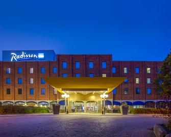 Radisson Blu Arlandia Hotel, Stockholm-Arlanda - Arlanda - Gebäude