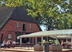 Hotel Gut Thansen - Soderstorf