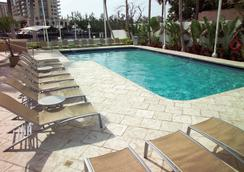GALLERYone - a DoubleTree Suites by Hilton Hotel - Fort Lauderdale - Pool