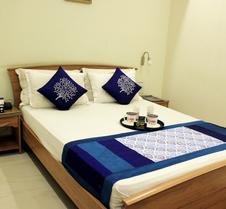 Oyo 9899 Hotel Palm Tree