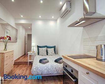 Hotelito Boutique Badalona - Badalona - Bedroom