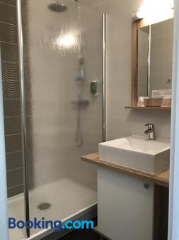 Hotel Chantereyne - Cherbourg-Octeville - Bathroom