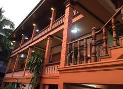 Bkc Villa - Pakbèng - Edifici