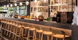 Novotel Annecy Centre - Annecy - Bar