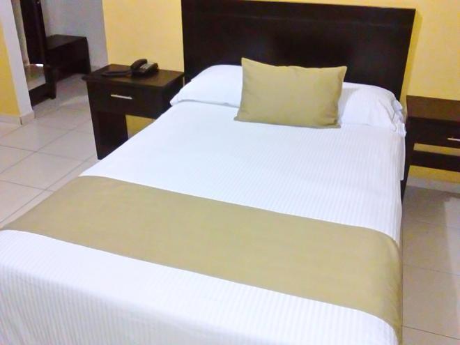 Hotel Impala Tampico - Tampico - Soveværelse