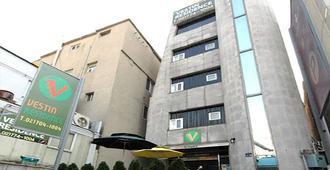 韋斯廷明洞公寓 - 首爾