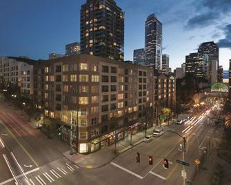 Homewood Suites by Hilton Seattle-Conv Ctr-Pike St - Seattle - Building