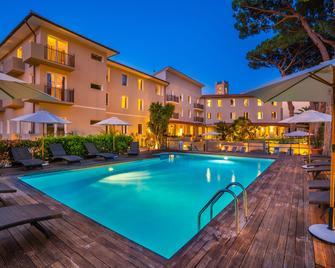 Marina Garden Hotel - Marciana Marina - Zwembad