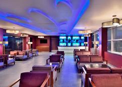 Four Points by Sheraton Mahabalipuram Resort and Convention Center - Mahabalipuram - Bar