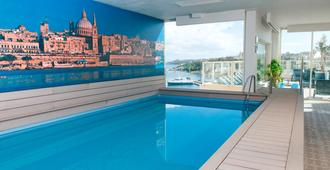 Bayview Hotel By St Hotels - Sliema - Pool