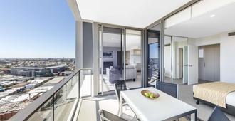 The Milton Brisbane - בריסביין - מרפסת
