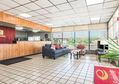 Econo Lodge - Fort Payne - Lobby