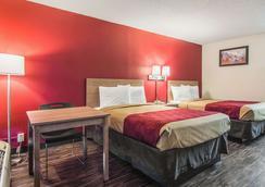 Econo Lodge - Fort Payne - Bedroom