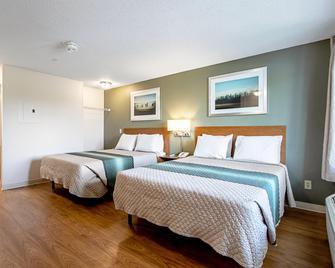 HomeTowne Studios by Red Roof Denver - Lakewood West - Lakewood - Спальня