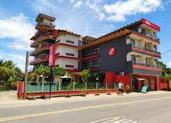 喬里佩旅館 - Nova Almeida - 建築
