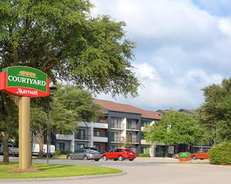 Courtyard by Marriott Dallas Richardson at Spring Valley - Richardson - Building