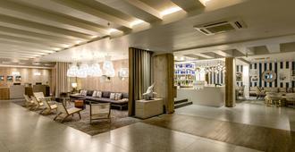 Protea Hotel by Marriott Durban Umhlanga - Umhlanga - Lobby