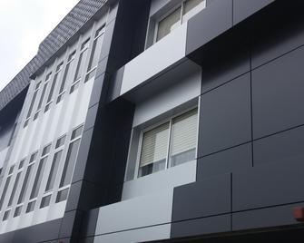 Los Olmos - Lugo - Building