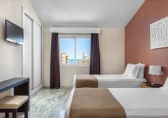 Sahara Sunset by Diamond Resorts - Benalmádena - Bedroom