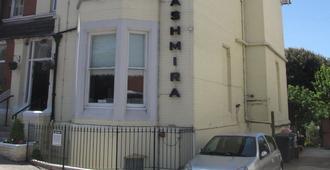 Ashmira - Weymouth - Edificio