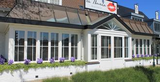 Hotel Herbergh Amsterdam Airport - Badhoevedorp