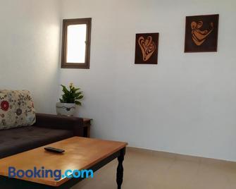 Elena's apartment - Ashkelon - Wohnzimmer