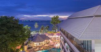 Pattaya Discovery Beach Hotel - Pattaya